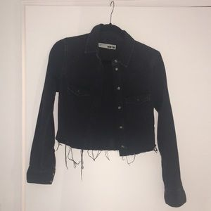 Crop black denim shirt